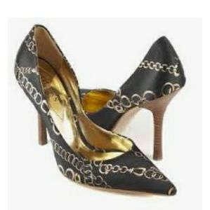 GUESS by Marciano Chain Pumps